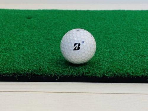 厚さがしっかりしているGolfstyleのゴルフマット